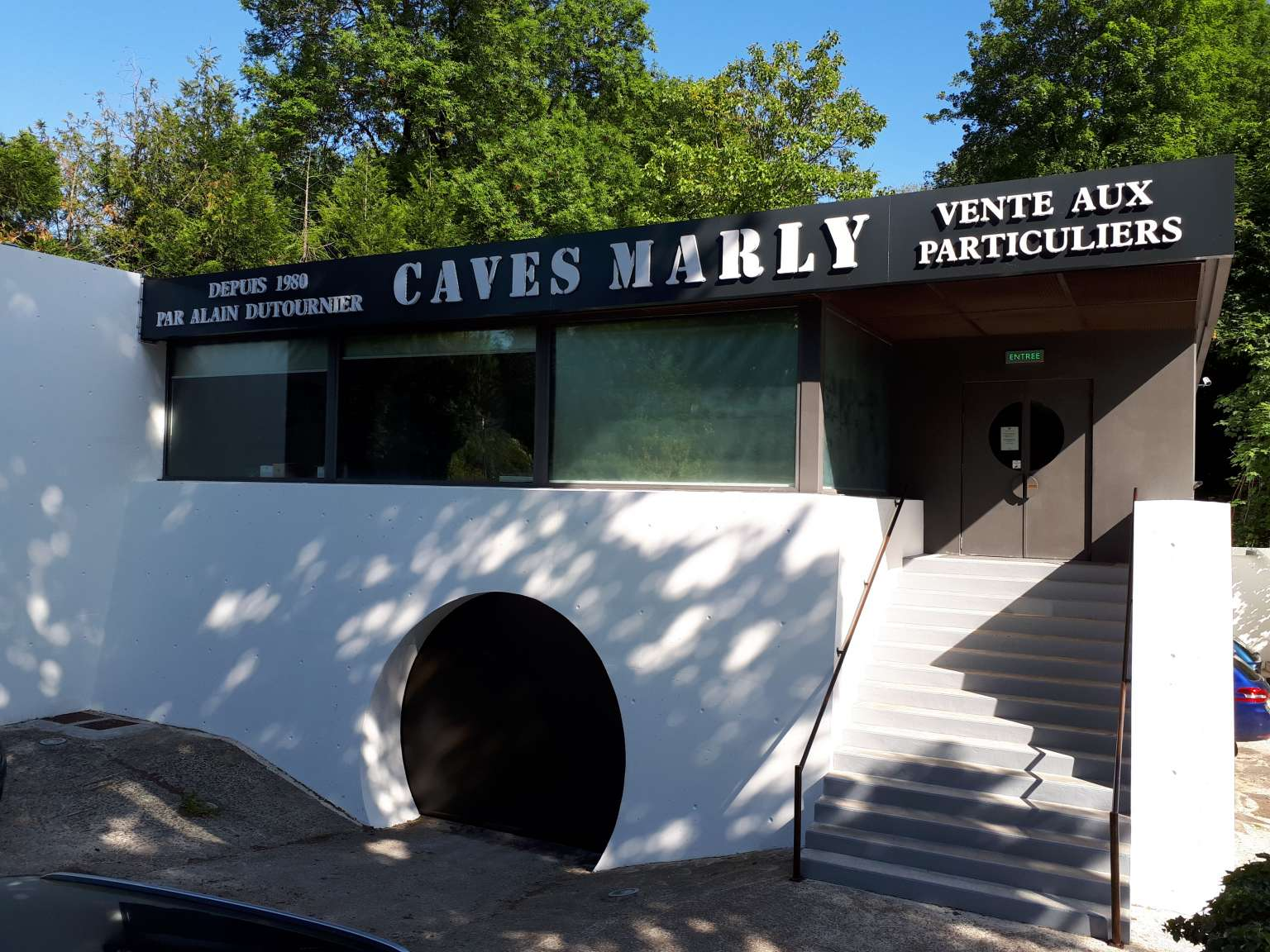 Caves Marly